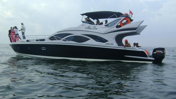 http://raykhatours.files.wordpress.com/2012/02/speed-boat-pulau-tidung-miss-lee-raykha-tours.jpg?w=565